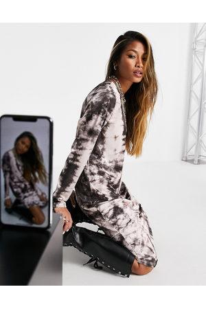 ASOS Padded shoulder long sleeve slinky column midi dress in grey tie dye print-Neutral
