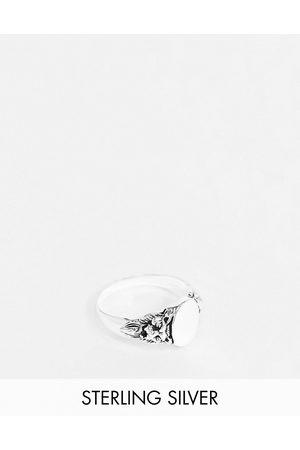 ASOS Homem Anéis - Sterling silver signet ring with lion design in burnished silver