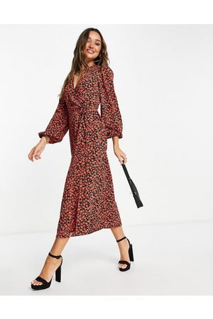 Glamorous Mulher Vestidos Casual - Midi wrap dress in red rose floral