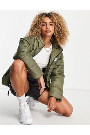 Nike Classic padded jacket with hood in khaki olive-Green