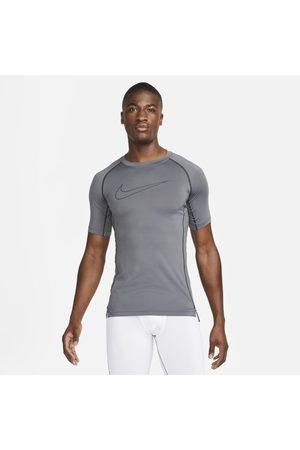 Nike Homem T-shirts desportivas - Camisola de manga curta com corte justo Pro Dri-FIT para homem