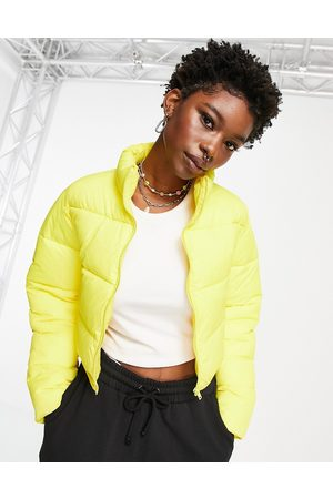 ASOS Mulher Casacos - Cropped puffer jacket in yellow