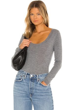 One Grey Day Mulher Bodies interiores - Gianna Bodysuit in - Grey. Size L (also in XS, S, M).