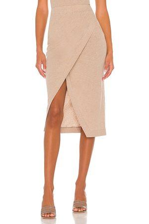 ENZA COSTA Mulher Saias Midi - Cashmere Midi Skirt in - Taupe. Size L (also in XS, S, M, XL).