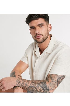 ASOS Homem Casual - Relaxed fit linen shirt with revere collar in ecru-Neutral