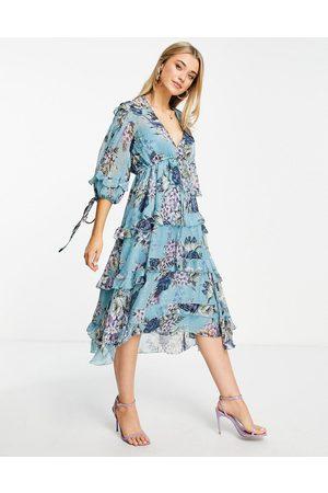 ASOS Mulher Vestidos de Festa - Layered smock midi dress with tie detail in floral print-Neutral