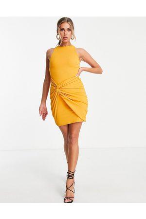 ASOS Mulher Vestidos de Festa - High neck twist wrap mini dress in mustard-Orange