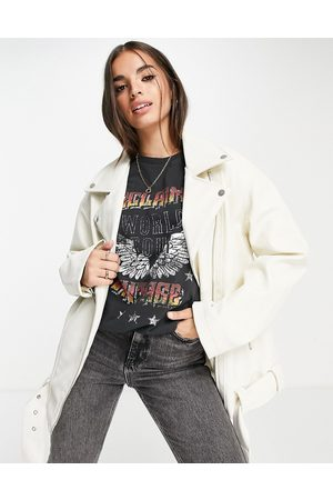 ASOS Mulher Casacos de Pele - Longline oversized faux leather biker jacket in white-Green