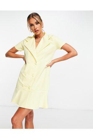 Lasula Mulher Vestidos Casual - Button frill hem mini blazer dress in lemon-Yellow