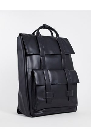 ASOS Homem Mochilas - Backpack with double straps in black faux leather