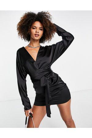 ASOS Mulher Vestidos de Festa - Batwing sleeve mini dress in satin with wrap waist in black