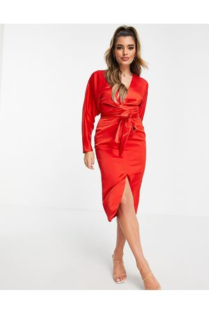 ASOS Mulher Vestidos de Festa - Satin midi dress with batwing sleeve and wrap waist in red