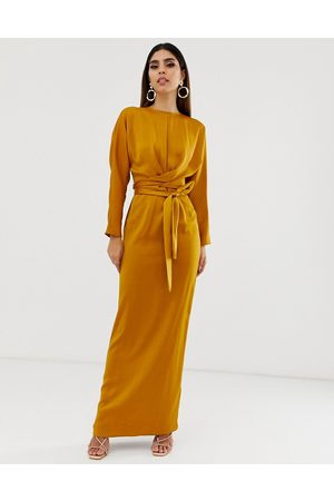 ASOS Mulher Vestidos de Festa - Satin maxi dress with batwing sleeve and wrap waist in mustard-Yellow