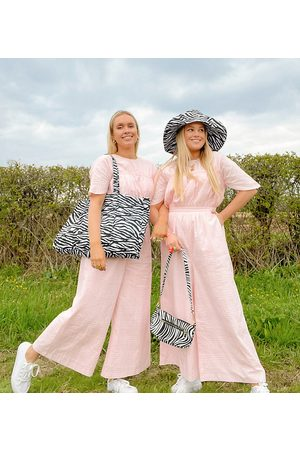 Labelrail X Olivia & Alice jumpsuit with seam detail in texture-Pink