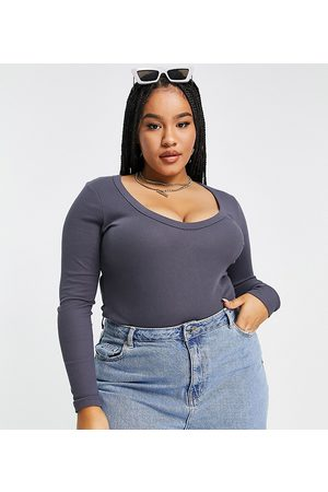 ASOS ASOS DESIGN Curve long sleeve bodysuit with scoop neck and chunky trims in elephant grey