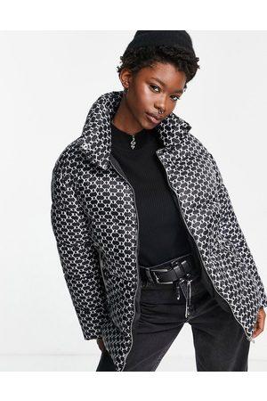 JJXX Mulher Casacos de Inverno - Padded jacket in black monogram