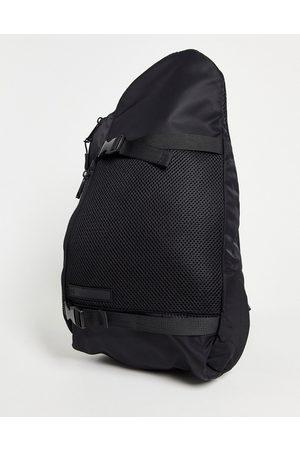River Island Homem Mochilas - One strap rucksack in black