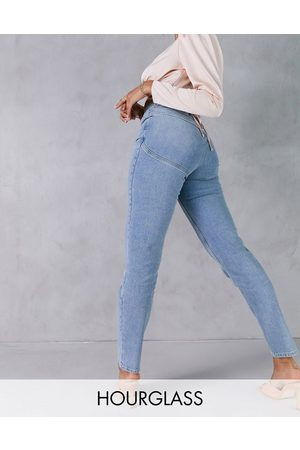 ASOS High rise 'lift and contour' slim mom jeans in midwash-Blue