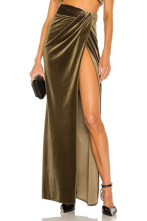 RONNY KOBO Mulher Saias Compridas - X REVOLVE Blythe High Slit Maxi Skirt in - Olive. Size L (also in S, XS, M).