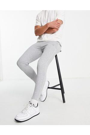 SikSilk Homem Joggers - Smart essentials joggers in grey
