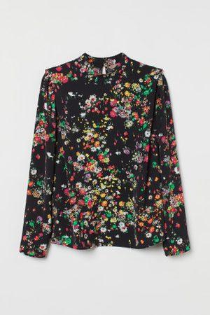 H&M + Blusa de ombros definidos