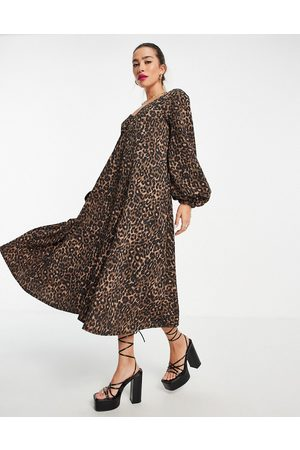 ASOS Mulher Vestidos de Festa - Textured smock midi dress with v neck in leopard print-Multi