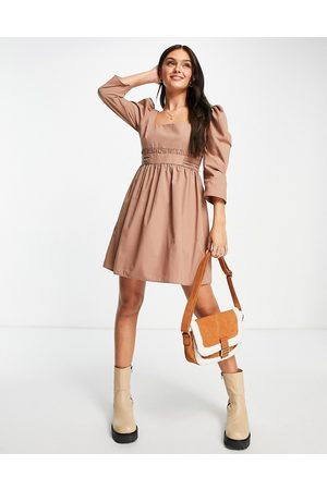 ASOS Mulher Vestidos Casual - Cotton square neck mini dress with gathered corset waist in mocha-Brown