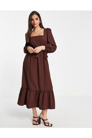 Miss Selfridge Mulher Vestidos Casual - Square neck poplin belted midi dress in chocolate-Brown