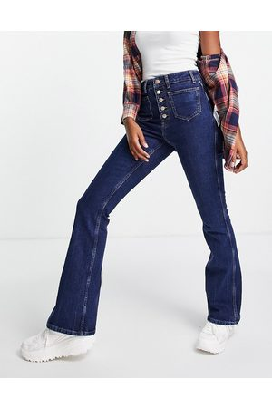 New Look Mulher Bootcut & Boca-de-sino - 70's high waist flared jeans in mid blue