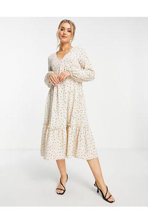 In The Style Mulher Vestidos Casual - X Jac Jossa polka dot print midaxi tiered dress in beige spot-Multi