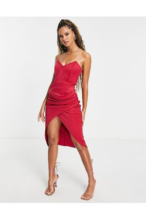 ASOS Mulher Vestidos de Festa - Bandeau tuck midi dress in red-Multi