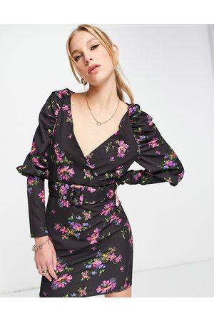ASOS DESIGN Mulher Vestidos de Festa - Puff sleeve mini dress with belt in black base floral-Multi