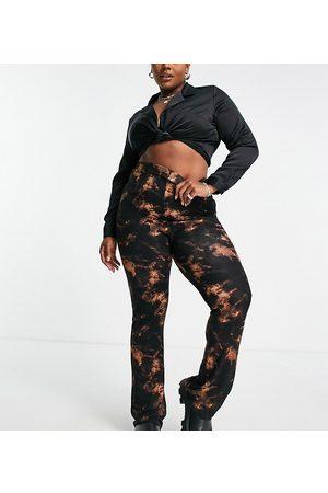 ASOS Mulher Calças à Boca-de-sino - ASOS DESIGN Curve wide leg trousers in dark tie-dye-Multi