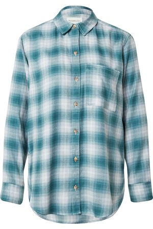 Abercrombie & Fitch Mulher Formal - Blusa 'Holiday Flannel