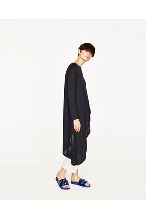 Senhora T-shirts & Manga Curta - Zara T-SHIRT ASSIMÉTRICA - Disponível em mais cores