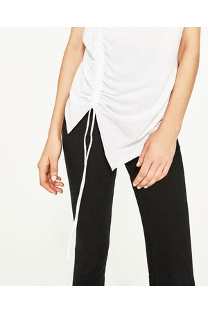 Senhora T-shirts & Manga Curta - Zara T-SHIRT FRANZIDO À FRENTE - Disponível em mais cores